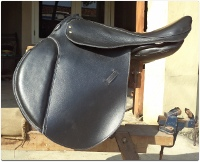 General Purpose English Saddle Black Leather THIN Cushion /></a></td> </tr> <tr valign =